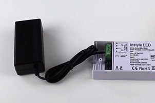 Multichannel receiver with its LED power supplies