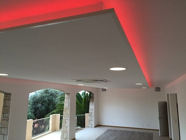What is feature lighting how to highlight using led strips leds installed in villa coving mozeypictures Image collections