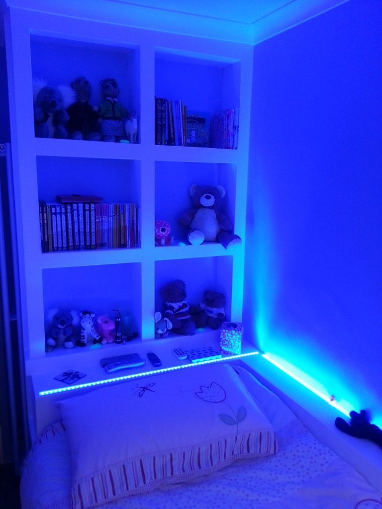 how to choose the color of led light