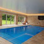 Pool windows - RGBW LEDs mix yellow light