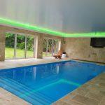 Pool windows - RGBW LEDs mix pastel green light