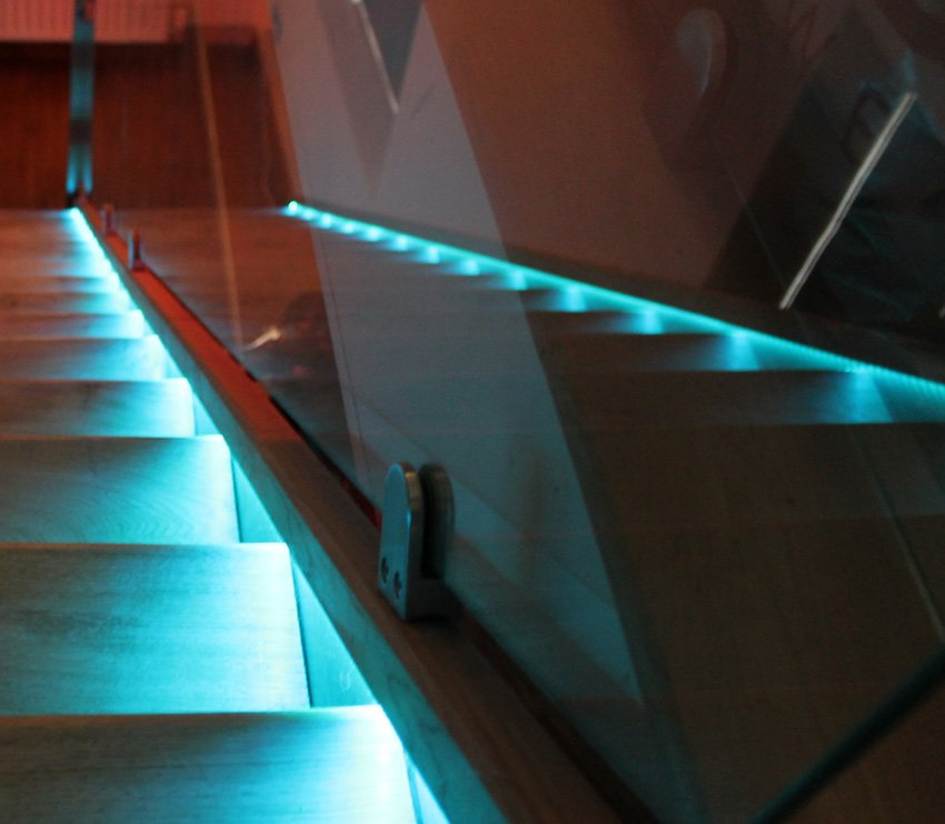 Choose Leds For Handrails Guards And Bannisters