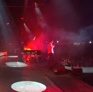 Hurts heat up on tour