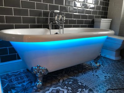 Hidden LEDs fitted under bathtub lip